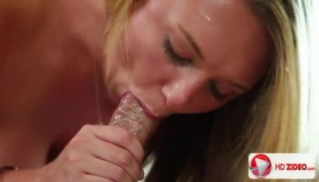 Hunk is making two slits very wet with pleasure