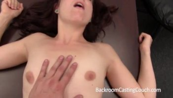 Oozing Hot Nerd Plays Her Sweet Cunt